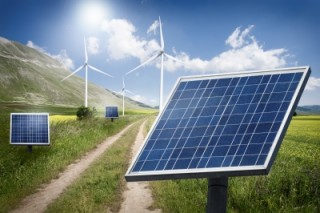 Зачем пользоваться альтернативными источниками электроэнергии: солнечными батареями и ветряными генераторами?