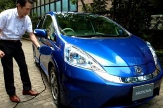 Хонда выпускает электромобиль