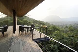 Дом в окрестностях вулкана Асама