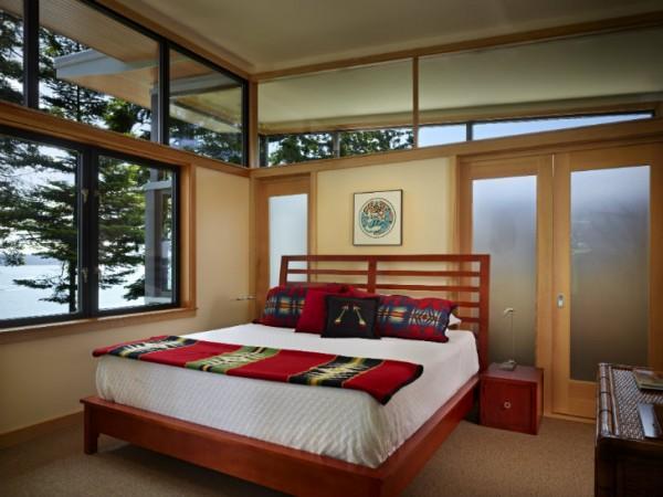 Основой дома является каркас размером 2x8, который улучшает изоляционные характеристики на 40%