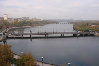 За сто семьдесят шесть миллионов гривен водную артерию Донецка очистят от мусора