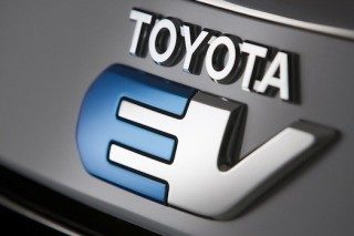 Toyota делает прорыв в области аккумуляторов для электромобилей