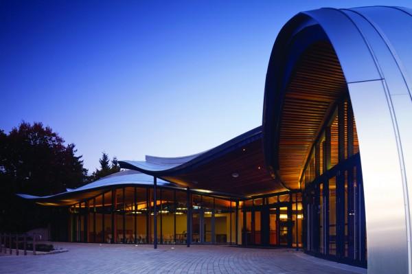 Здание администрации в ботаническом саду Ванкувера
