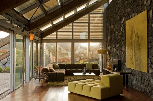 """В работе над дизайном этого """"нулевого"""" дома архитектору определенно удалось опередить время"""