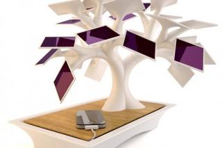 В США придумали солнечную зарядку для телефона в виде дерева