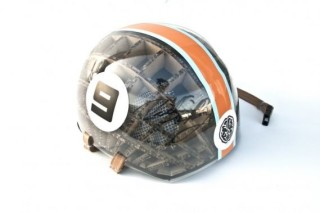 Велосипедный шлем из картона Kranium