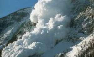 На Камчатке возросла опасность схода лавин из-за циклона