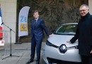 Компания Renault доставила свой первый электромобиль ZOE