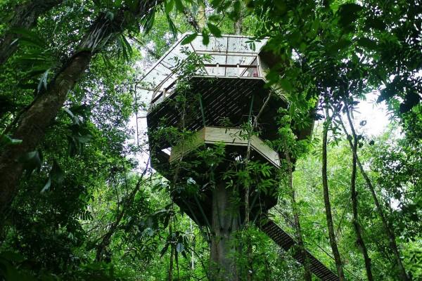 Пожить в деревне может любой желающий, для туристов тут есть специальные гостевые домики