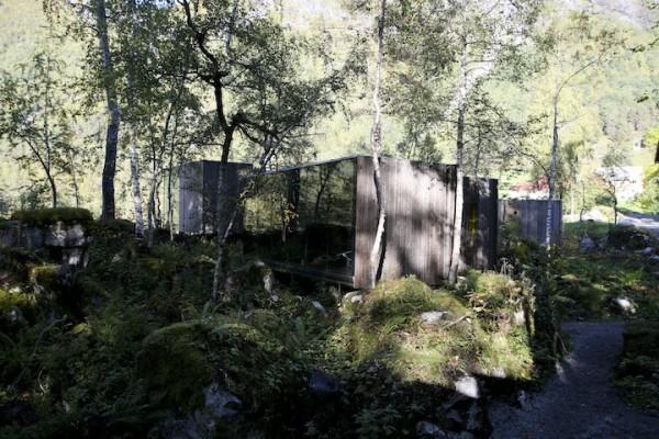 Отель в лесах Норвегии