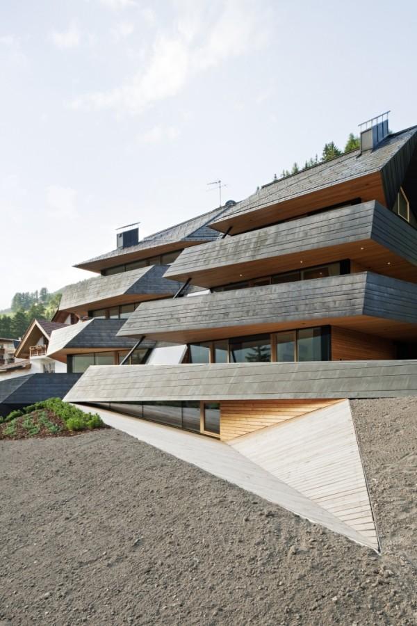 Жилой комплекс в Доломитовых Альпах
