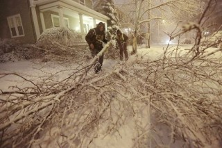 В Америке из-за шторма «Немо» 700 тысяч домов остались без света