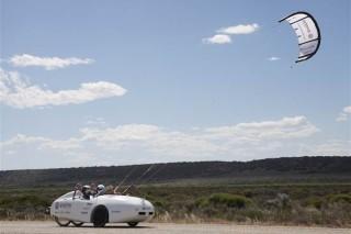 Ветряной электромобиль за 15 долларов пересек всю Австралию