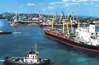 Работа Керченского порта была приостановлена экологической инспекцией