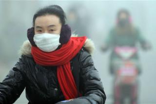Облако смога, которое накрыло Китай, теперь и в Японии. В Пекине начали торговать воздухом в бутылках