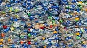 В Туве начнут производить евродрова из пластиковых отходов