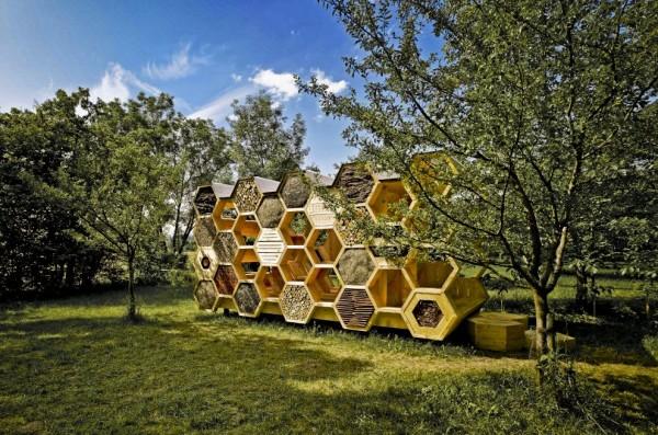 Гостиница для пчел