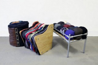 Австралийская студентка предложила из старой одежды изготавливать мебель