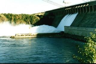 В ожидании новых ГЭС: грустный праздник для Ангары
