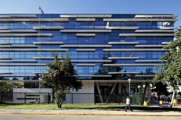 Медицинский центр Alemana в Сантьяго