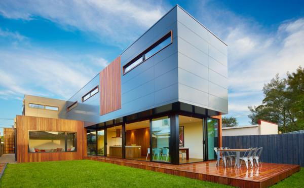 Сборный дом в минималистичном стиле