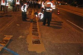 Блоки-генераторы, уложенные под асфальт, либо под клинкерную брусчатку, превращают дорогу в энергогенерирующую установку