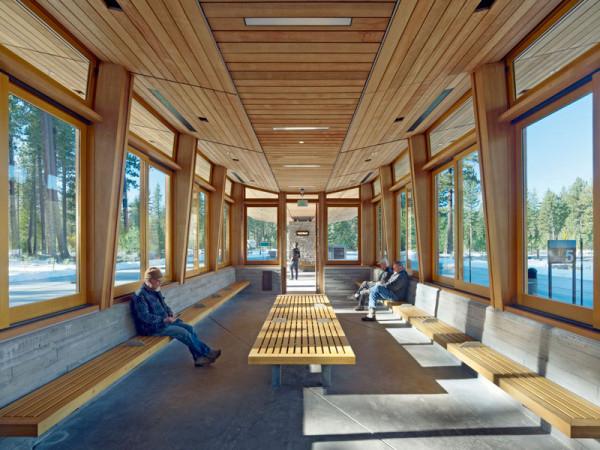Экологичная транспортная станция в Калифорнии