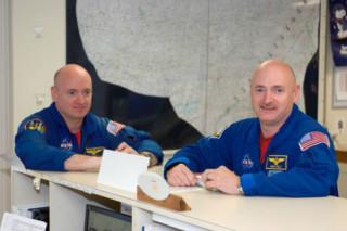 К эксперименту NASA по влиянию космоса на человеческий организм, привлекут близнецов