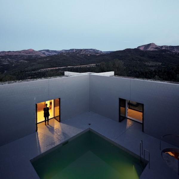 Solo House: вилла в горах Арагона
