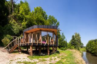 Экологичный дом на сваях