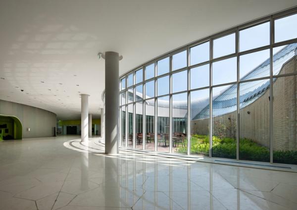 Экориум: пять климатических зон под стеклянным куполом