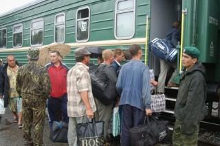 Непогода заблокировала 600 туристов в поезде