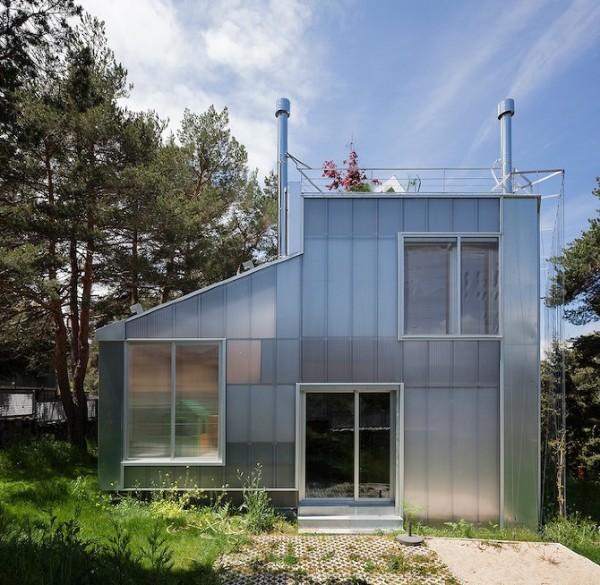 """El Espinar House: термоизоляция, зеленый фасад и """"живая"""" крыша"""