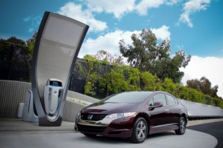 В Киеве инвесторы построят 20 странций экспресс-зарядки электромобилей