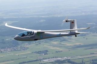 Электрический самолет e-Genius стал рекордсменом по дальности полета