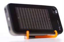 Американцы выпустили портативную солнечную зарядку для смартфонов
