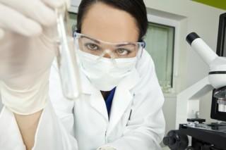Новосибирские ученые готовы испытать лекарство от рака на пациентах