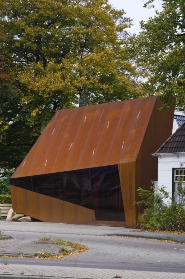 Офис Orangerock: реконструкция с помощью кортеновской стали