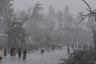 На смену «Хайяну» на Филиппины пришла новая буря «Зорайда»