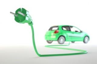 Эксперты пророчат plug-in электромобилям радужное будущее