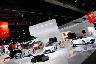 Tesla подтвердила разработку еще одного электрического седана
