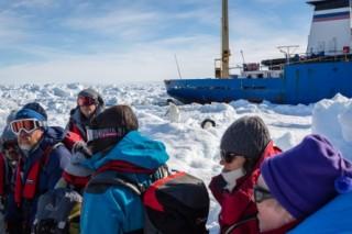 Исследовательское судно «Академик Шокальский» самостоятельно выбралось из антарктических льдов