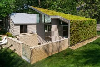 Коттедж с «зеленой» крышей в Огайо