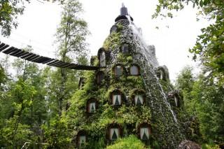 Экоотель La Montana Magica Lodge  в чилийском заповеднике Уило-Уило