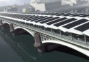 В Лондоне построили самый большой в мире мост с солнечными панелями