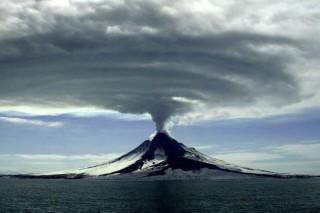 Вулканы тормозят глобальное потепление последние 20 лет