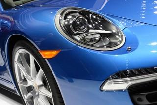 Porsche размышляет об электромобиле