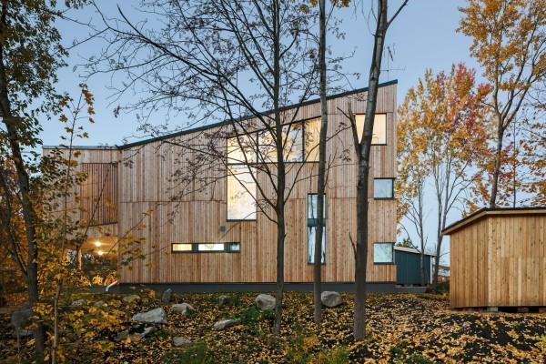 Деревянный дом в пригороде Хельсинки