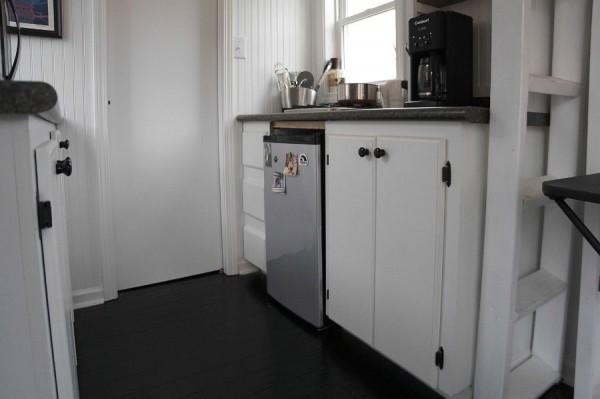 """Кухня, гостиная, санузел и спальня - всё на 14-ти """"квадратах"""""""