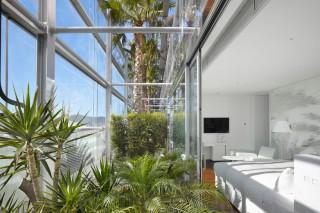 Отель с «растительным» фасадом